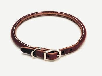 Leather Latigo Round Pet Collar Size: 0.8 W x 18 D