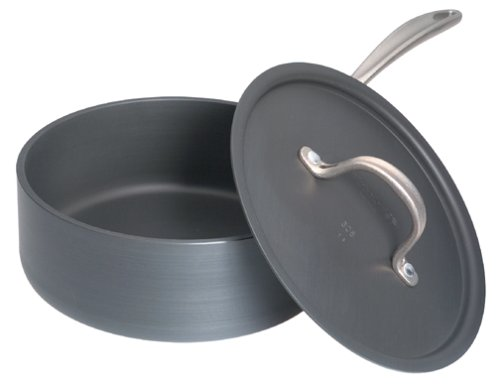 Calphalon D87821/2P Commercial Hard-Anodized 2-1/2-Quart Shallow Saucepan with Lid