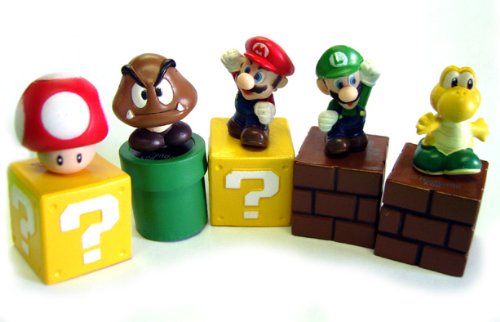 New Super Mario Bros mini figures bundle (a set of Five ~1 figures: Mario, Goomba, Luigi, Koopa Troopa, and Mushroom; Each comes with a ~1 mounting block) (Japanese Imported)