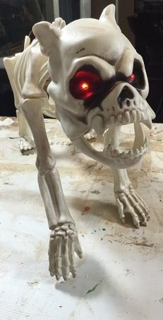 Bones Skeleton Dog with LED Eyes and Timer Function