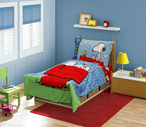 Peanuts Snoopy On The House Toddler Bed Set, Blue